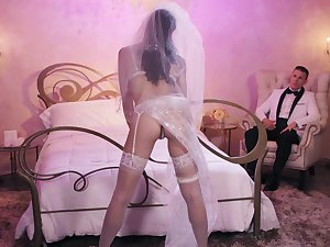 A newly matrimonial couple spend their first tenebrous fucking - Avi Love