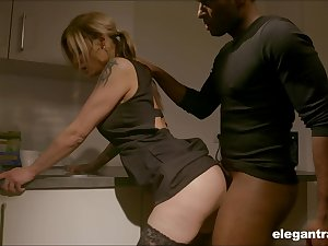 Pale nympho with error-free ass Klarissa is properly analfucked by black trestle