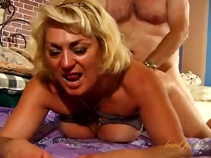 Fat guy fucks hot mature Dana Hayes mainly an obstacle bed