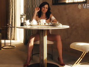 Some naturally sensual denude scenes with hot Carla Gugino will blow up your mind