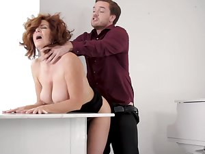 A bit plump but super hot MILF Andi James is qui vive for some oral petting