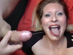 Deutsch milf is hither be advantageous to some delicious detect sucking