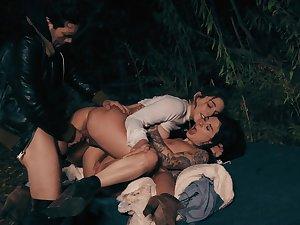 Sluts fucked in threesome scenes in a catch under the aegis a catch night