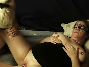 Adult amateur fisted close by their way cavernous vagina