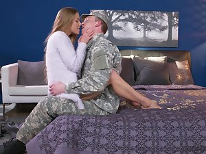 Army boyfriend comes home and gets surprise coitus alien Alexis Crystal