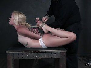 Nerdy blonde bitch Katie Kush deserves some rough bondage innings