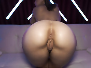 Alina Lopez: In Need Of A Big-Cock